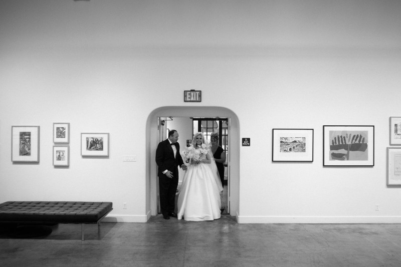 weddings riverside art museum photography by nicole caldwell 20