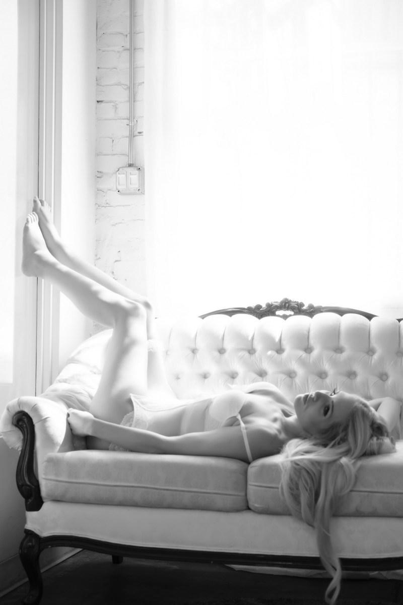 top boudoir photogrphy studio orange county los angeles nicole caldwell photography 09