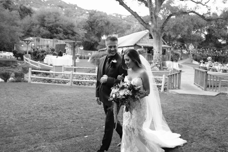 temecula creek inn weddings romatic rustic photojournailism nicole caldwell 32
