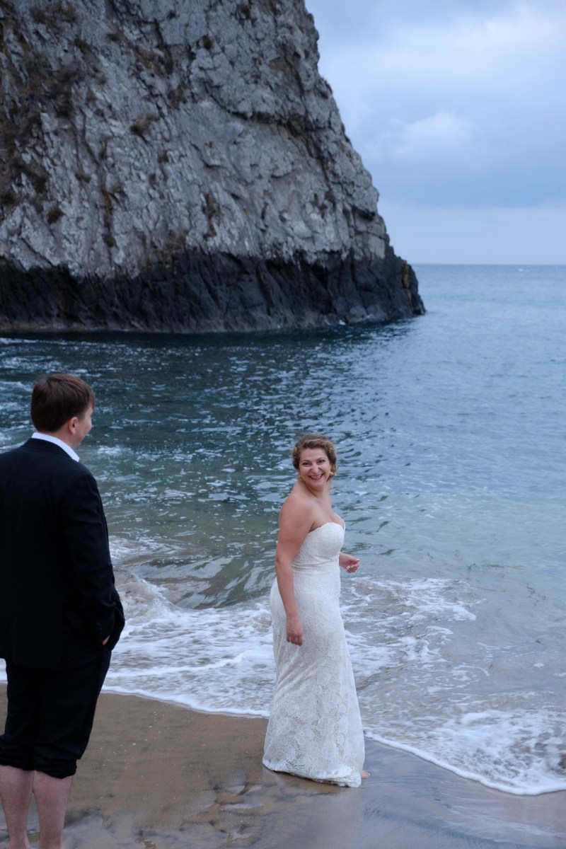 laguna beach wedding photographer nicole caldwell trssh the dress _07