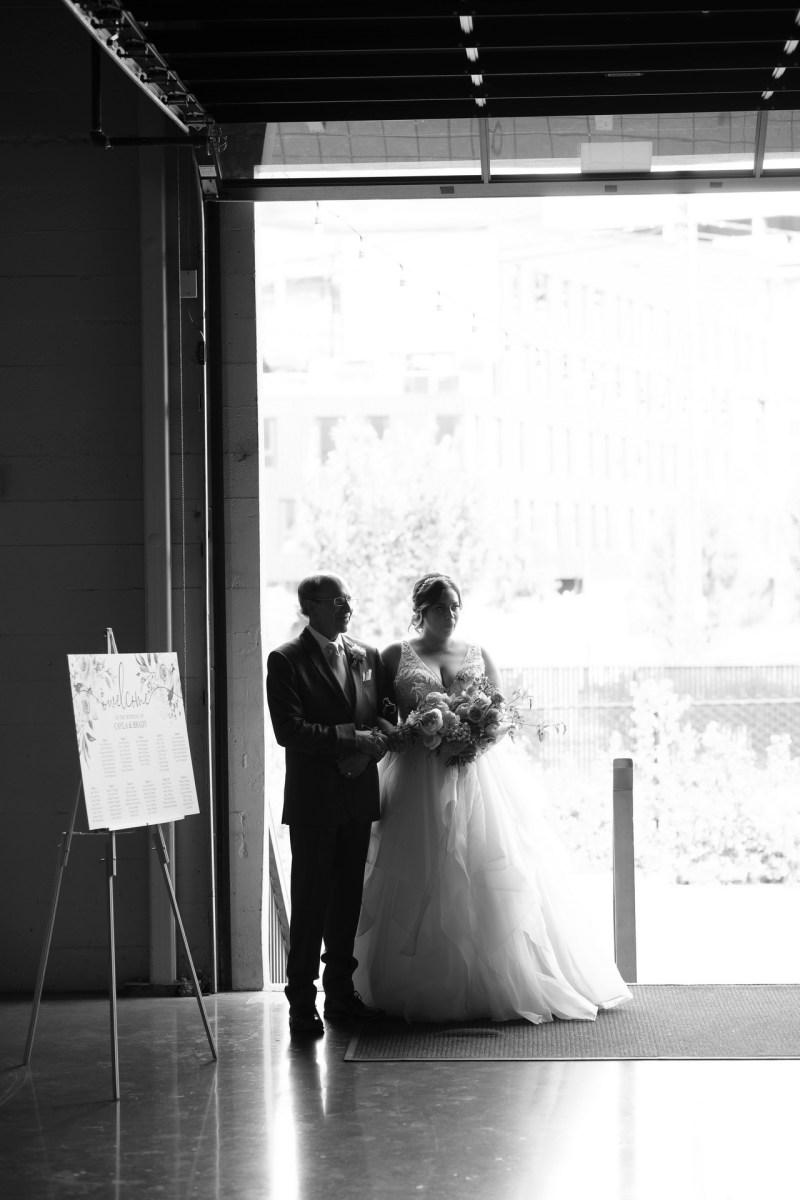 castaway wedding portland oregon venue nicole caldwell destination wedding photographer 18