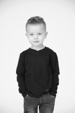 modern black and white family photography orange county nicole caldwell 10