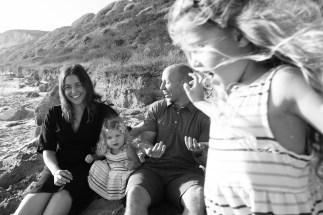 laguna beach family photographer nicole caldwell 03 cyrysal cove candid journalistic