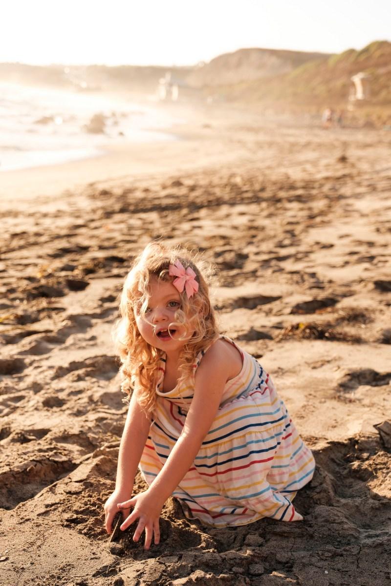 laguna beach family photographer nicole caldwell 12 cyrysal cove candid journalistic