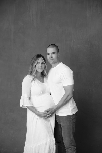 maternity in studio photogarpher orange county nicole calwell 05