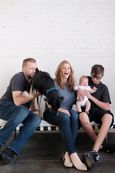 family-photos-withdogs-nicole-caldwell-photography-orange-county-01