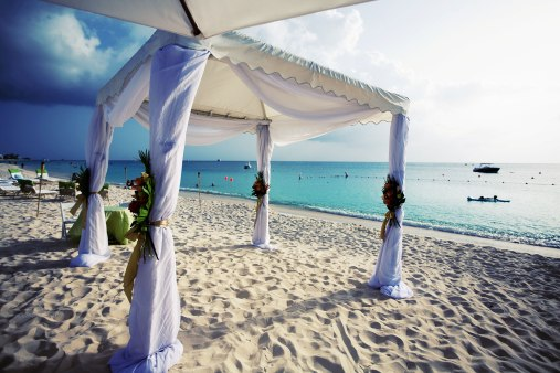 desitantion_wedding_grand_cayman_islands_ritz_carlotn_by_nicole_caldwell02