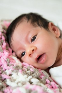 newborn-photography-in-the-home-by-nicole-caldwell-14