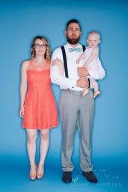 bright-colored-backdrop-studio-family-photo-ideas-nicole-caldwell-02