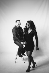 engagement photos in the studio by niocle caldwell oc 09