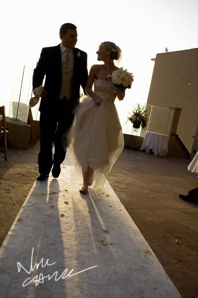 surf_and_sand_wedding_pictures__aguna_beach_ny_nicole_caldwell_ts_04.jpg