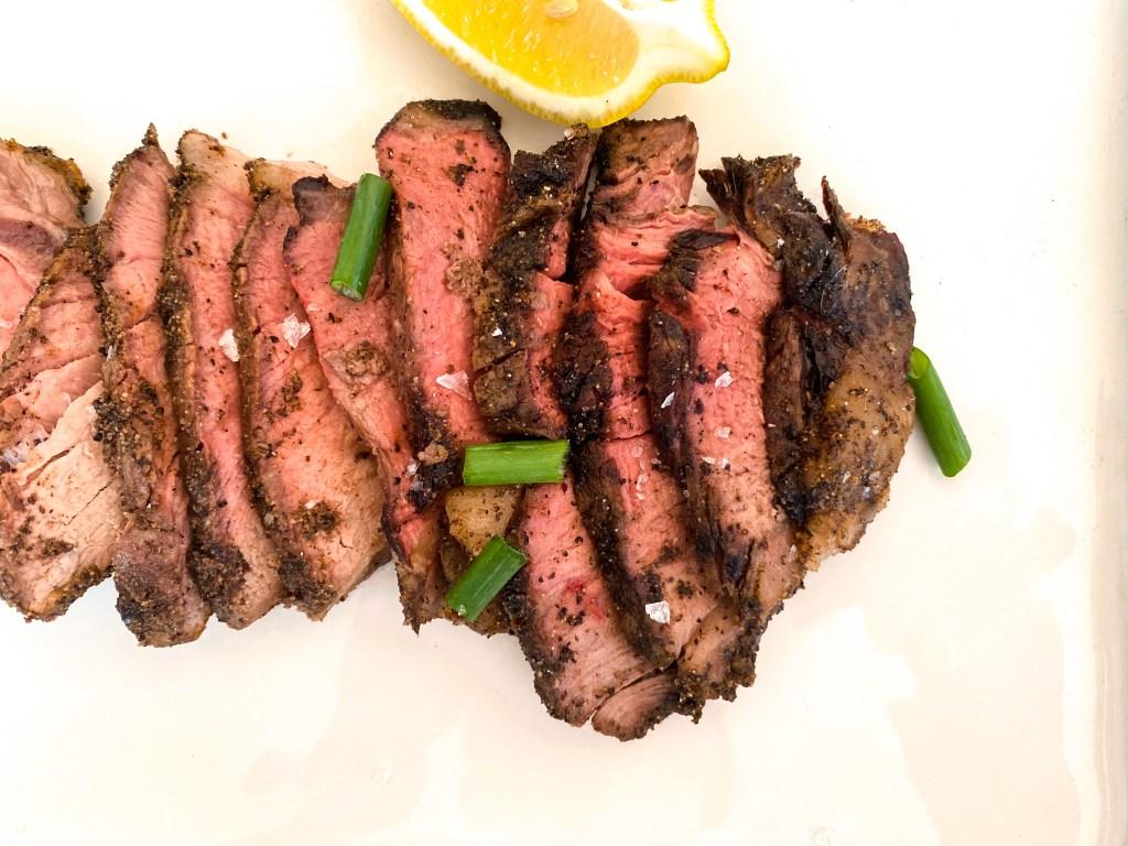 Scrumptious Pepper-Crusted Roast Beef