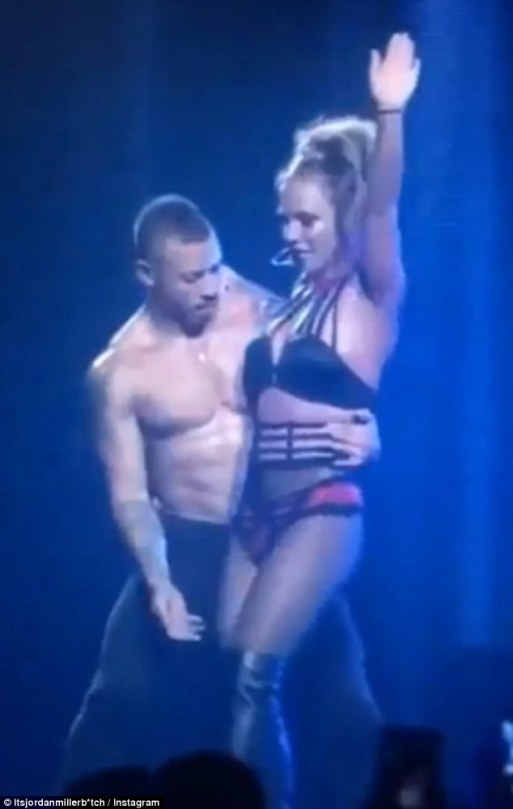 britney-spears-announces-she-pulled-out-of-that-flip-during-her-london-performance-because-she-was-worried-the-dancer-would-drop-her