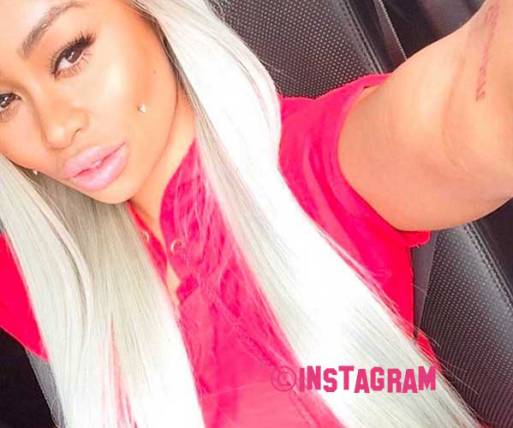 Blac Chyna Kicks Off About Rob Kardashian Being Criminally Investigated Over Them Photo's Of Her Kissing Pilot Jones!
