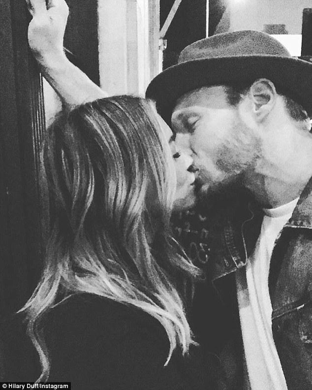 Hilary Duff Locks Lips With New Boyfriend Jason Walsh On Instagram