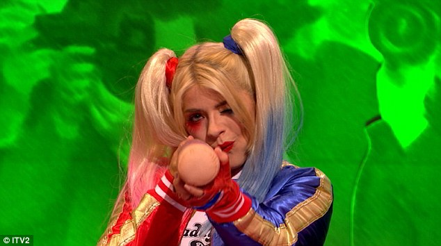 holly-willoughby-admits-shes-drunk-during-celebrity-juice-halloween-speical