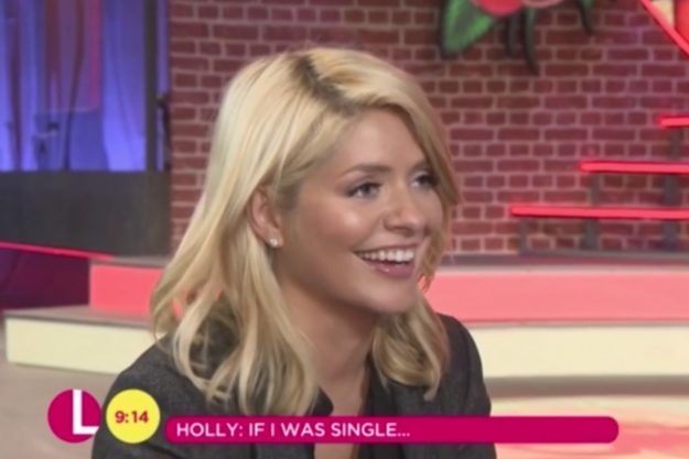 Holly Willoughby Admits To Using Dating Apps Even Though She's Married!