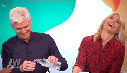 holly-willoughby-talks-about-her-relationship-with-phillip-schofield-on-loose-women