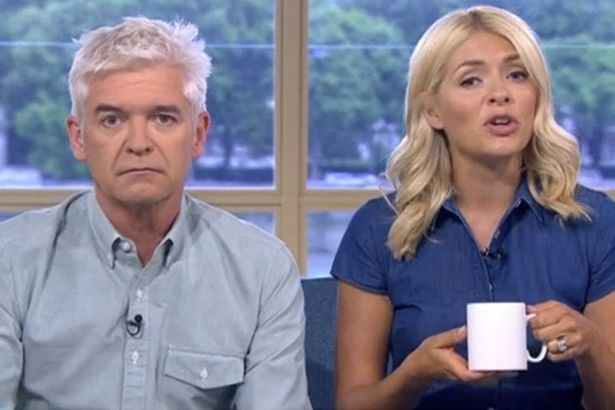 Holly Willoughby Looks Fresh Faced As She Presents This Morning After A Heavy Night Out After The Glamour Awards