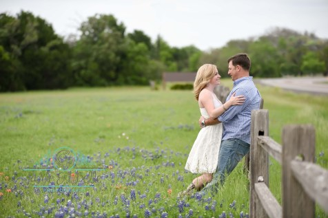 Belton Photographer, Killeen Photographer, Couples Portraits, Bluebonnets, Fort Hood Photographer, Waco Photographer, Austin Photographer