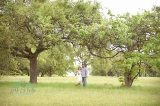 engagement portraits, Belton Photographer, Killeen Photographer, Couples Portraits, Bluebonnets, Fort Hood Photographer, Waco Photographer, Austin Photographer, couples portraits