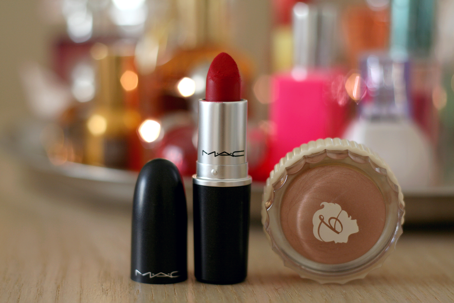 MAC Ruby Woo & Benefit Creaseless Cream R.S.V.P