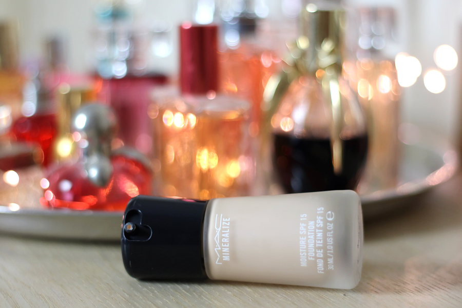 MAC Mineralize Moisture Foundation Packaging