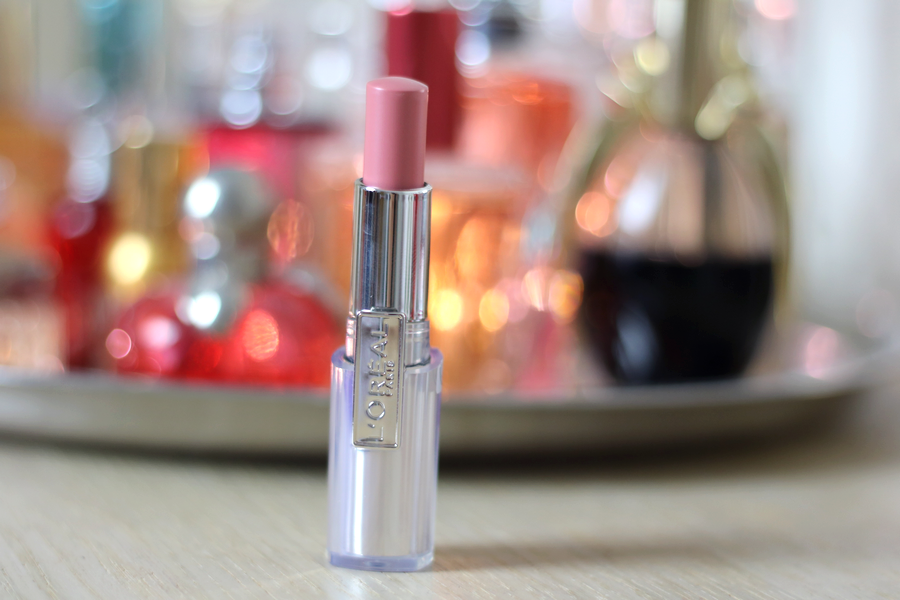 L'Oreal Rouge Caresse Innocent Pink Lipstick