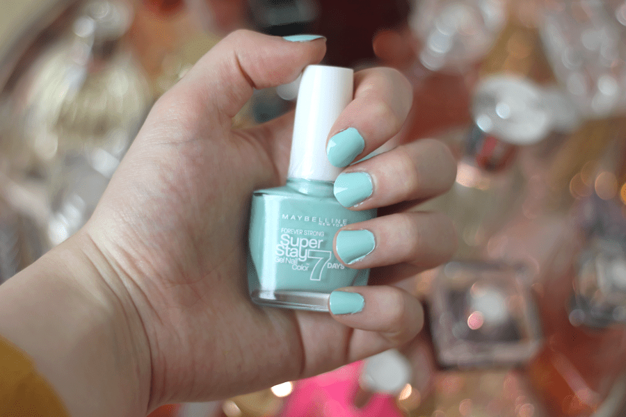 Maybelline Super Stay 7 Days Gel Polish Mint Jade Nail Swatch 2