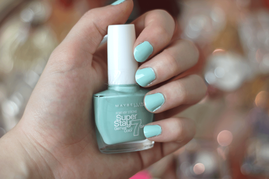 Maybelline Super Stay 7 Days Gel Polish Mint Jade Nail Swatch