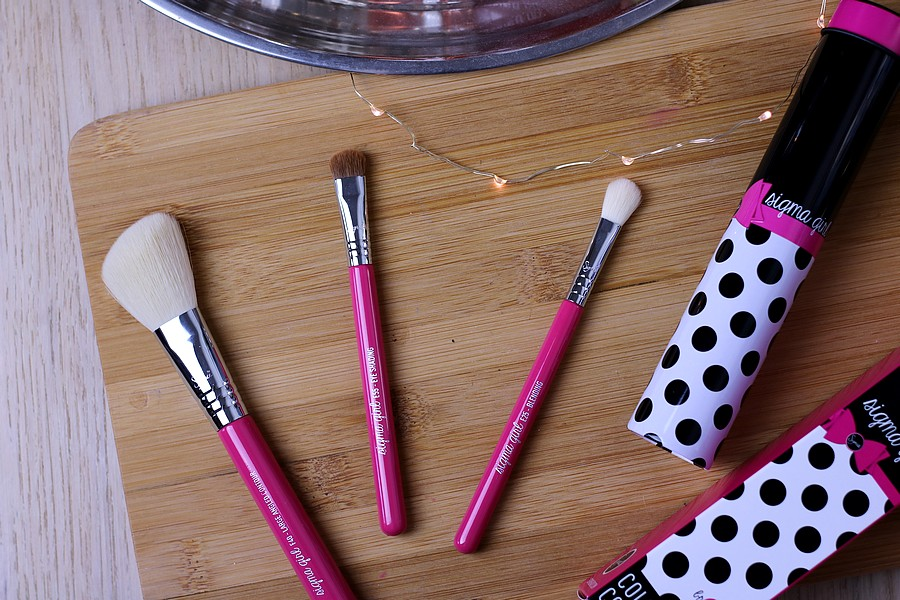 Sigma Girl Color Pop Collection Brush Set