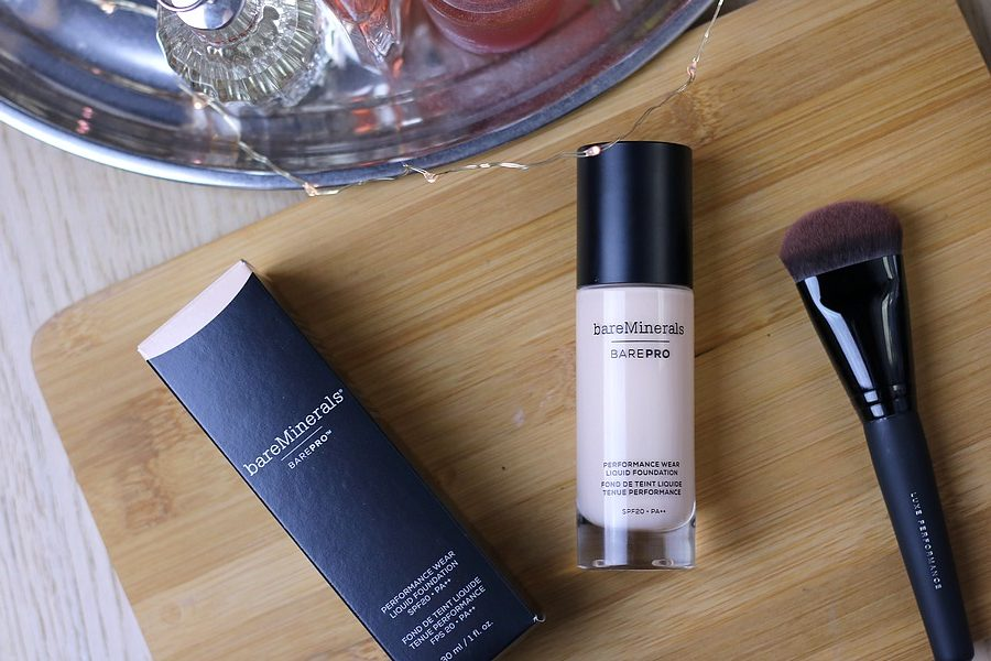 BareMinerals BarePro Performance Wear Liquid Foundation & Luxe Performance Brush