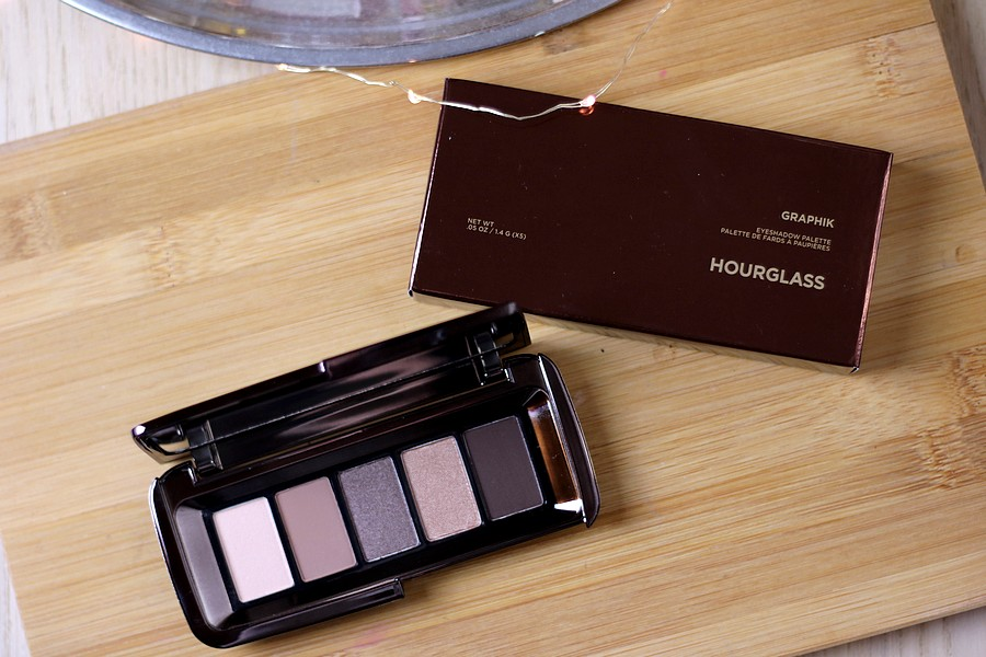 Hourglass Graphik Eyeshadow Palette in Ravine