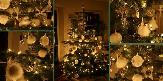 Weihnachtsbaum mit weißem und silbernem Weihnachtsschmuck