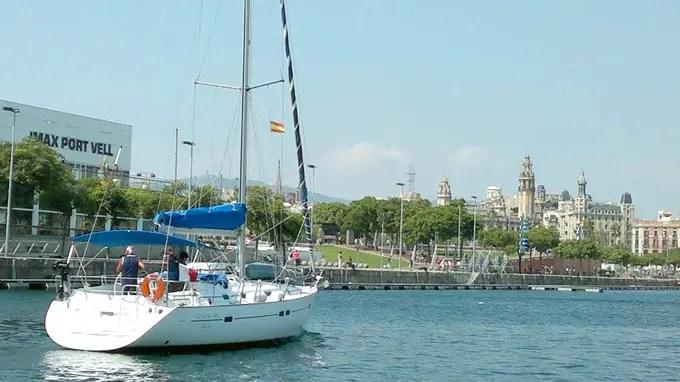 sehenswuerdigkeiten-barcelona-katalonien-reisetipps-spanien-hafenviertel