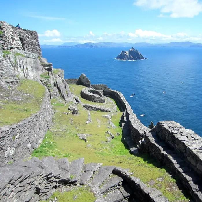 sehenswuerdigkeiten-portmagee-Iveragh-Halbinsel-county-kerry-reisetipps-irland-skellig-michael-zivilisation-vogelinsel