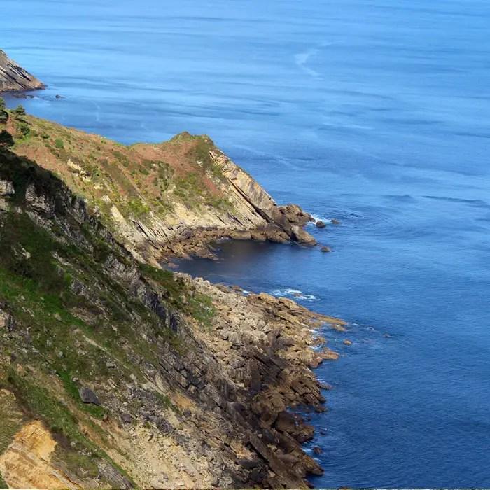 sehenswuerdigkeiten-san-sebastian-baskenland-reisetipps-spanien-monte-igueldo-kueste