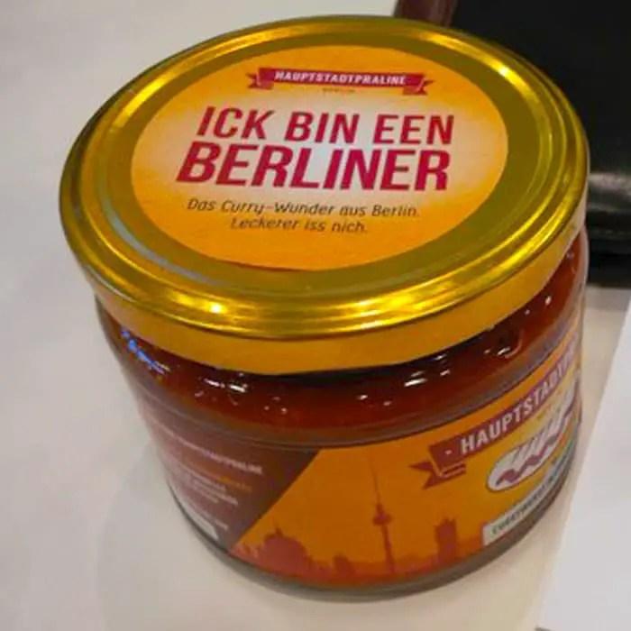 reiseblogger-barcamp-berlin-hauptstadtpraline-currywurst