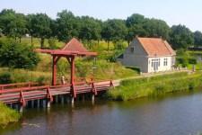 sehenswuerdigkeiten-groningen-reisetipps-niederlande-holland-bourtange-brueckenwaechterhaus