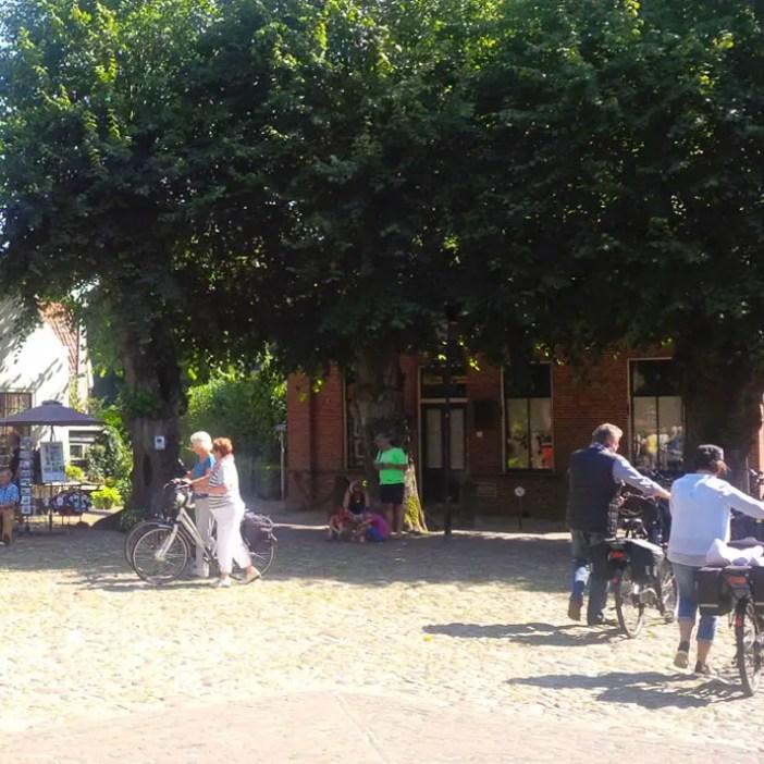 sehenswuerdigkeiten-groningen-reisetipps-niederlande-holland-bourtange-marktplein