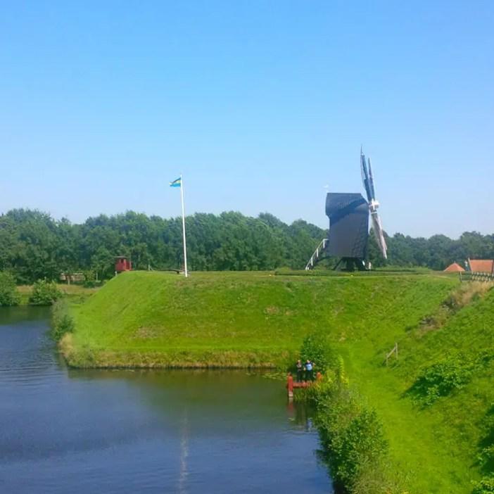 sehenswuerdigkeiten-groningen-reisetipps-niederlande-holland-bourtange-muehlenbastion