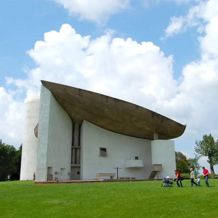 UNESCO-Welterbestätten-Europa-2016-sehenswuerdigkeiten-le-corbusier-reisetipps-frankreich-nicolos-reiseblog-Notre-Dame-du-Haut-Ronchamp