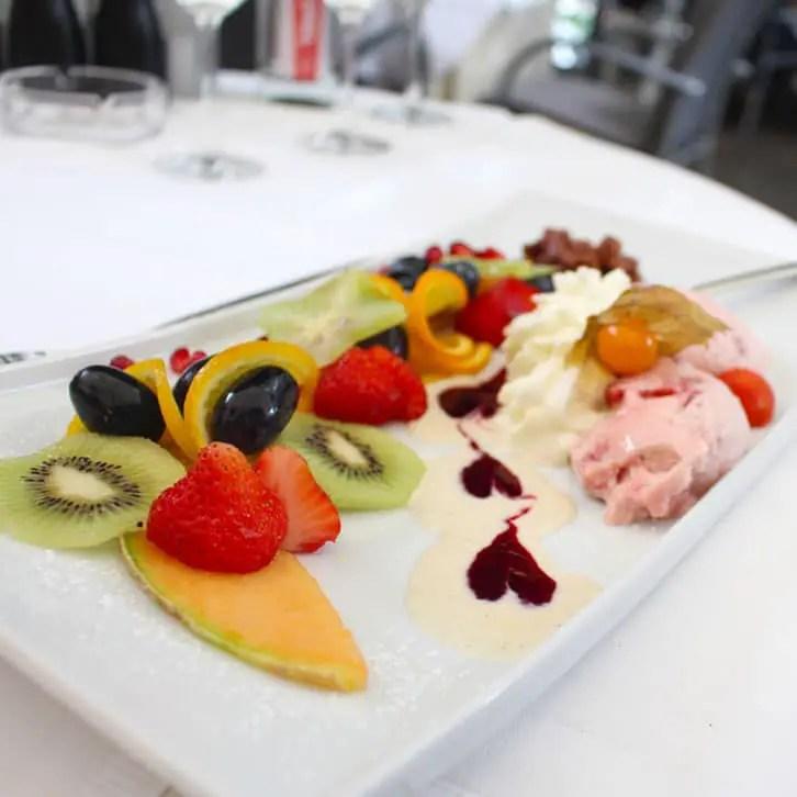 "restaurants-in-kassel-el-erni-dessert ""width ="" 726 ""height ="" 726 ""srcset ="" https://www.nicolos-reiseblog.de/wp-content/uploads/2017/01/restaurants-in -kassel-el-erni-dessert.jpg 726w, https://www.nicolos-reiseblog.de/wp-content/uploads/2017/01/restaurants-in-kassel-el-erni-dessert-150x150.jpg 150w , https://www.nicolos-reiseblog.de/wp-content/uploads/2017/01/restaurants-in-kassel-el-erni-dessert-300x300.jpg 300w, https: //www.nicolos-reiseblog. nl / wp-content / uploads / 2017/01 / restaurants-in-kassel-el-erni-dessert-50x50.jpg 50w ""sizes ="" (max-width: 726px) 100vw, 726px ""/></p data-recalc-dims="