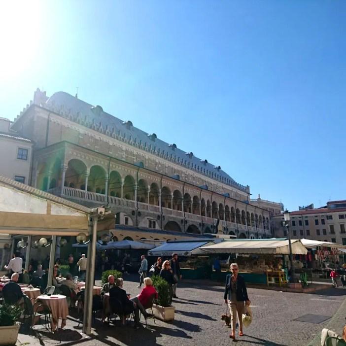 reisetipps-venetien-reisetipps-italien-rundreise-venetien-sehenswürdigkeiten-padua-palazzo-della-ragione