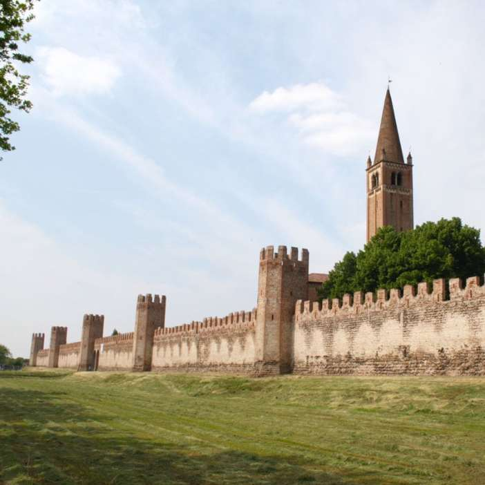 reisetipps-venetien-reisetipps-italien-rundreise-venetien-sehenswuerdigkeiten-padua-montagnana-stadtmauer