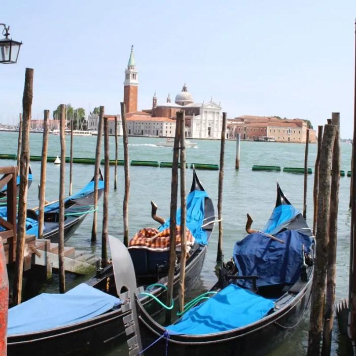 reisetipps-venetien-reisetipps-italien-rundreise-venetien-sehenswuerdigkeiten-venedig-gondola