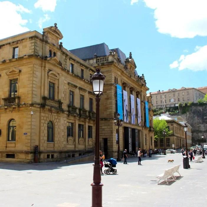 sehenswuerdigkeiten-san-sebastian-reisetipps-baskenland-reisetipps-spanien-bibliothek-koldo-mitxelena