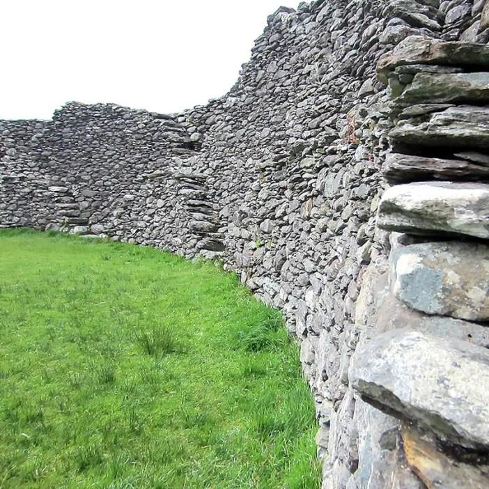 Rundreise-irland-reisetipps-irland-Staigue-Stone-Fort-innen