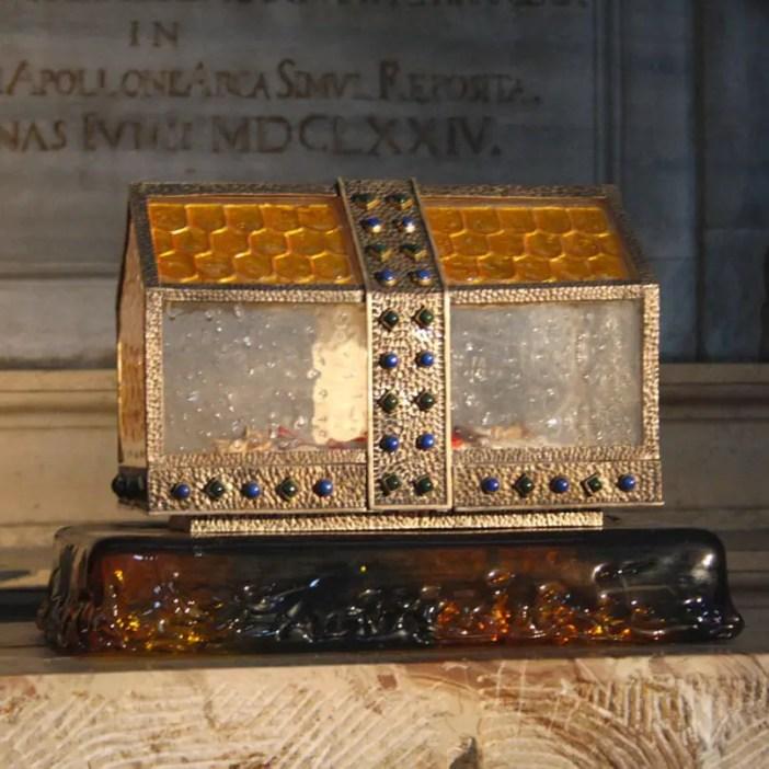 reisetipps-lombardei-reisetipps-italien-rundreise-lombardei-sehenswuerdigkeiten-brescia-Cattedrale-di-Santa-Maria-Assunta-reliquie-heiliger-benedikt-san-benedetto