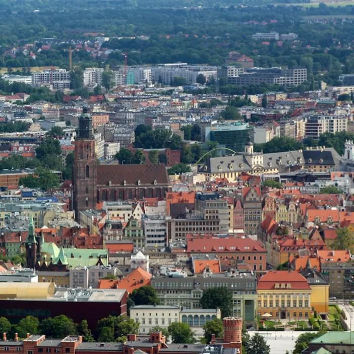 sehenswuerdigkeiten-breslau-niederschlesien-reisetipps-polen-sky-tower-universitaet